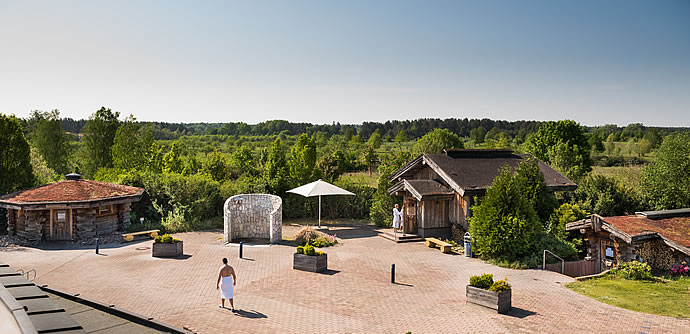 Sauna garden of NaturThermeTemplin